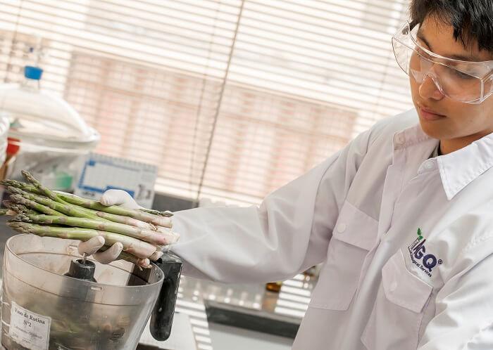 Analyse de Matrina dans les fruits et légumes